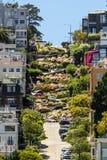 Οδός 8 Lombard του Σαν Φρανσίσκο Hairpin στροφές Στοκ Εικόνες