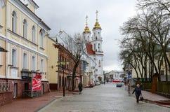 Οδός Tolstogo με τις απόψεις της εκκλησίας Voskresenskaya (Rynkovuyu), Στοκ εικόνες με δικαίωμα ελεύθερης χρήσης