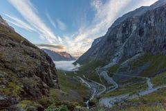 Οδός Trollstigen στη Νορβηγία στο φως πρωινού Στοκ φωτογραφίες με δικαίωμα ελεύθερης χρήσης