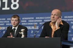 Ο Anthony Bajon, νικητής του ασημιού αντέχει για τον καλύτερο δράστη σε Berlinale το 2018 στοκ εικόνα