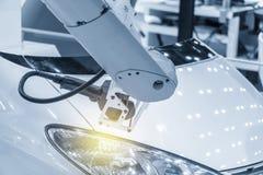 Ο CMM έλεγχος λέιζερ συνδέει στο ρομποτικό βραχίονα στοκ εικόνα με δικαίωμα ελεύθερης χρήσης