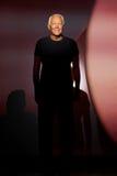 Ο Giorgio Armani περπατά το διάδρομο κατά τη διάρκεια του Emporio Armani παρουσιάζει Στοκ Εικόνα
