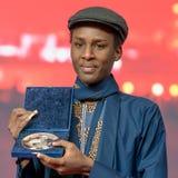 Ο Samuel Ishimwe, νικητής του ασημιού αντέχει το βραβείο κριτικών επιτροπών σε Berlinale το 2018 Στοκ Εικόνες