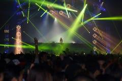 Ο STEVE AOKI παρουσιάζει 808 στο ΦΕΣΤΙΒΆΛ το 2013 Στοκ Εικόνα