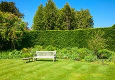 Πάγκος κήπων Στοκ εικόνα με δικαίωμα ελεύθερης χρήσης