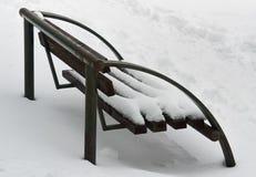 Πάγκος και χιόνι Στοκ Εικόνες