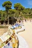 Πάγκος που σχεδιάζεται μακρύς από Gaudi στο πάρκο Guell Στοκ φωτογραφία με δικαίωμα ελεύθερης χρήσης