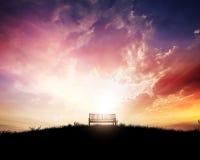 Πάγκος στο ηλιοβασίλεμα Στοκ φωτογραφία με δικαίωμα ελεύθερης χρήσης