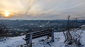 Πάγκος στο χιόνι θορίου Στοκ Φωτογραφία