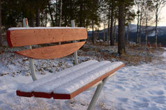 πάγκος χιονώδης στοκ φωτογραφίες με δικαίωμα ελεύθερης χρήσης