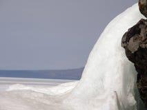 Πάγος-καλυμμένη λίμνη Baikal Άνοιξη Στοκ Εικόνες