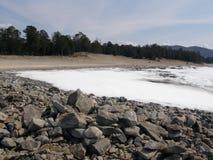Πάγος-καλυμμένη λίμνη Baikal Άνοιξη Στοκ φωτογραφίες με δικαίωμα ελεύθερης χρήσης