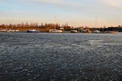 Πάγος κλίσης Στοκ φωτογραφίες με δικαίωμα ελεύθερης χρήσης