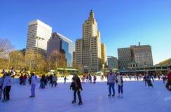 Πάγος που κάνει πατινάζ στη στο κέντρο της πόλης πρόνοια, RI στοκ εικόνα με δικαίωμα ελεύθερης χρήσης