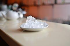 Πάγος σε ένα πιάτο Στοκ φωτογραφία με δικαίωμα ελεύθερης χρήσης