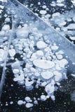 πάγος φυσαλίδων baikal λίμνη Χειμερινή σύσταση Στοκ φωτογραφία με δικαίωμα ελεύθερης χρήσης