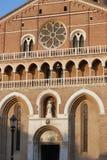 Πάδοβα, Ιταλία - 24 Αυγούστου 2017: οικοδόμημα της επισκοπικής βασιλικής Αγίου Anthony της Πάδοβας Στοκ εικόνες με δικαίωμα ελεύθερης χρήσης