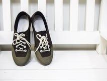 Πάνινα παπούτσια καφετιά Στοκ φωτογραφία με δικαίωμα ελεύθερης χρήσης