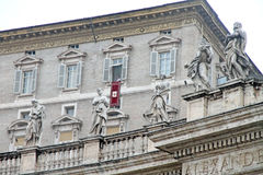 Πάπας Βενέδικτος XVI κατά τη διάρκεια του Angelus Στοκ Εικόνες
