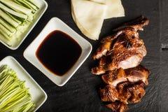 Πάπια Πεκίνου Παραδοσιακά τρόφιμα της Κίνας Εστιατόριο Τοπ όψη κλείστε επάνω Στοκ εικόνα με δικαίωμα ελεύθερης χρήσης