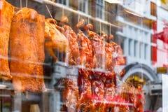 Πάπιες ψητού στην επίδειξη σε ένα κινεζικό εστιατόριο στο Λονδίνο Chinato Στοκ Φωτογραφίες