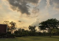 Πάρκο ηλιοβασιλέματος στοκ φωτογραφίες με δικαίωμα ελεύθερης χρήσης