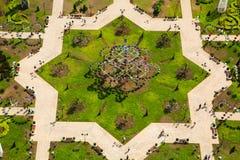 Πάρκο λουλουδιών στο Γκρόζνυ Στοκ φωτογραφίες με δικαίωμα ελεύθερης χρήσης