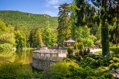 Πάρκο με μια λίμνη στην πόλη Rajecke Teplice SPA στη Σλοβακία στοκ φωτογραφίες
