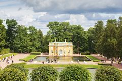 Πάρκο της Catherine ` s με το περίπτερο, κοντά στη Αγία Πετρούπολη Στοκ Εικόνες