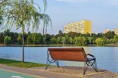 Πάρκο τιτάνων στο φως θερινής αυγής Στοκ Εικόνες