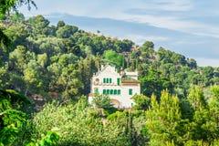 Πάρκο Guell από τον αρχιτέκτονα Antoni Gaudi στη Βαρκελώνη Στοκ Φωτογραφίες