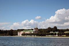 Πάρκο Kuskovo στη Μόσχα Μουσείο και εκκλησία παλατιών Στοκ Εικόνες