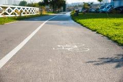 Πάροδοι ποδηλάτων στο πάρκο στοκ φωτογραφία με δικαίωμα ελεύθερης χρήσης