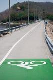 Πάροδος ποδηλάτων στο φράγμα Στοκ Εικόνα