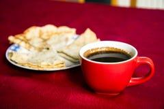Πάρτε μια εικόνα των φλυτζανιών καφέ στοκ φωτογραφία με δικαίωμα ελεύθερης χρήσης