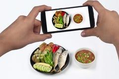 Πάρτε την πικάντικα εμβύθιση & x28 κολλών γαρίδων φωτογραφιών Nam Prik Kapi σε Thai& x29  Στοκ εικόνες με δικαίωμα ελεύθερης χρήσης