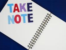 Πάρτε τη σημείωση για το σημειωματάριο Στοκ φωτογραφίες με δικαίωμα ελεύθερης χρήσης