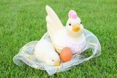 Πάσχα, αυγά και κοτόπουλο Στοκ φωτογραφίες με δικαίωμα ελεύθερης χρήσης
