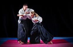 Πάλη μεταξύ δύο μαχητών aikido Στοκ εικόνα με δικαίωμα ελεύθερης χρήσης