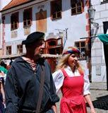 Πέντε-με πέταλα αυξήθηκε φεστιβάλ σε Cesky Krumlov στη Δημοκρατία της Τσεχίας Στοκ εικόνες με δικαίωμα ελεύθερης χρήσης