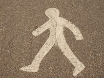 Πέρασμα ανθρώπων οδικών σημαδιών Στοκ φωτογραφία με δικαίωμα ελεύθερης χρήσης
