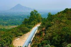 Πέρασμα βουνών για τον τουρισμό περιπέτειας στοκ εικόνα με δικαίωμα ελεύθερης χρήσης