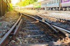πέρασμα διαδρομών σιδηροδρόμου Στοκ φωτογραφία με δικαίωμα ελεύθερης χρήσης