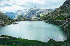 Πέρασμα του ST Bernard και αβαεία του ST Bernard, Ελβετία Στοκ εικόνες με δικαίωμα ελεύθερης χρήσης