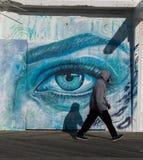 Πέρα από τα μπλε μάτια Στοκ φωτογραφία με δικαίωμα ελεύθερης χρήσης