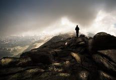 πέρα από την κορυφή Στοκ εικόνες με δικαίωμα ελεύθερης χρήσης