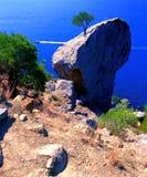 πέρα από τη θάλασσα βράχου Στοκ Εικόνα