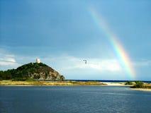 πέρα από τη θάλασσα ουράνιων τόξων Στοκ φωτογραφία με δικαίωμα ελεύθερης χρήσης