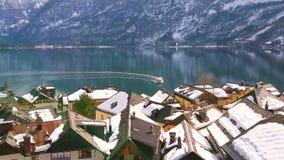 Πέρα από τις στέγες Halstatt, Salzkammergut, Αυστρία φιλμ μικρού μήκους