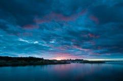 πέρα από το ηλιοβασίλεμα π&o Στοκ φωτογραφία με δικαίωμα ελεύθερης χρήσης
